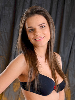 Silvia Jons